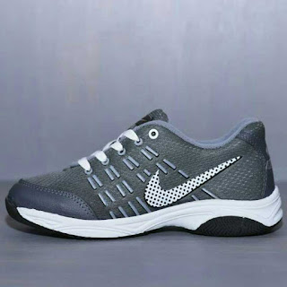Nike Air Max Abu-Abu