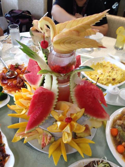 King Bee: Dessert Platter