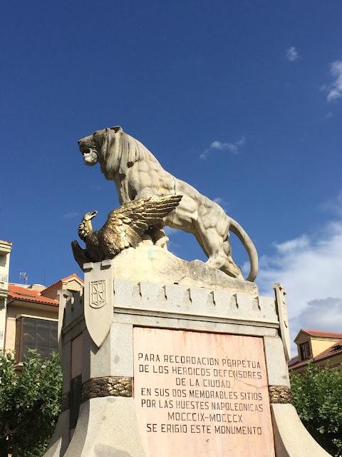 Monumeto a los Sitios Astorga