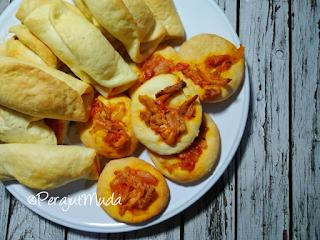 roti isi ayam, resep roti isi ayam, resep ayam asam manis, resep toping pizza, resep saos spageti, resep saos pizza, saos spaghetti