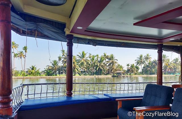 The cozy flare blog by Rajni Negi, TRAVEL,Kerala travel, Allepey backwaters, house boat at kerala, cruising, house boat cruising at kerala, India travel