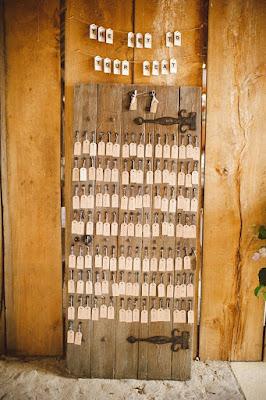 vanha ovi hääkoristelu
