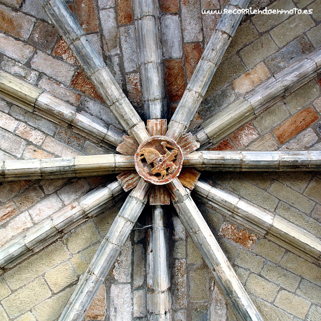Clave del lavabo, monasterio de Veruela