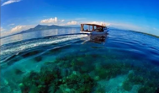 13. Pulau Bunaken - Sulawesi Utara