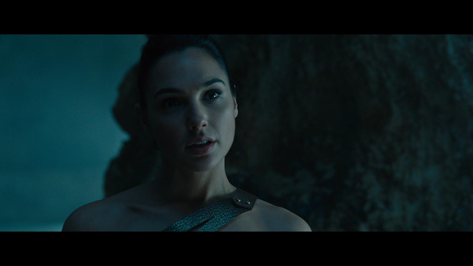 Mujer Maravilla (2017) 1080p BD25 LATINO 2D y 3D 6