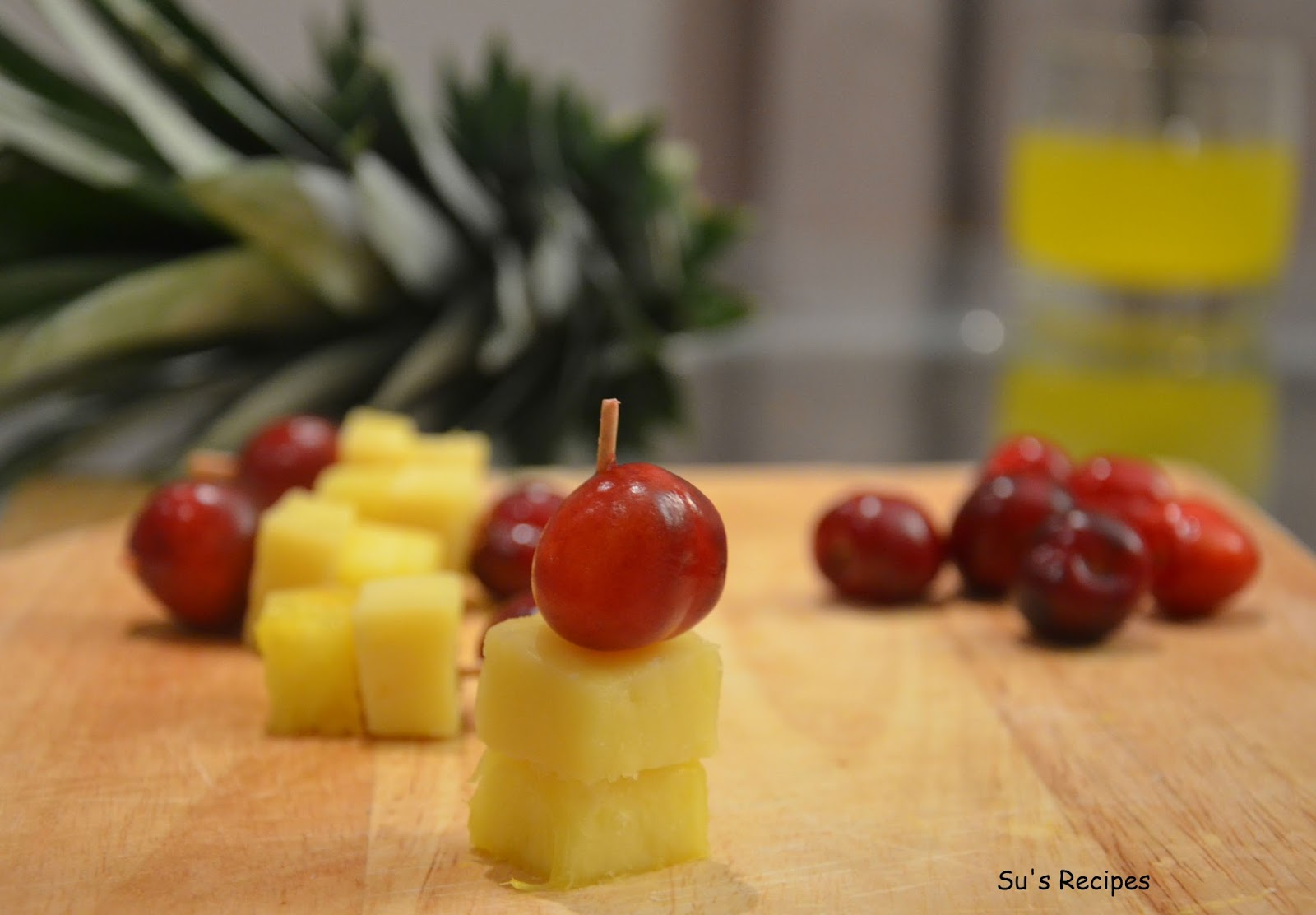 Pineapple Cheese Cherry, cheese cherry, cheesy bites