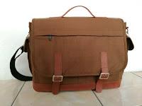 Tas messenger untuk seminar
