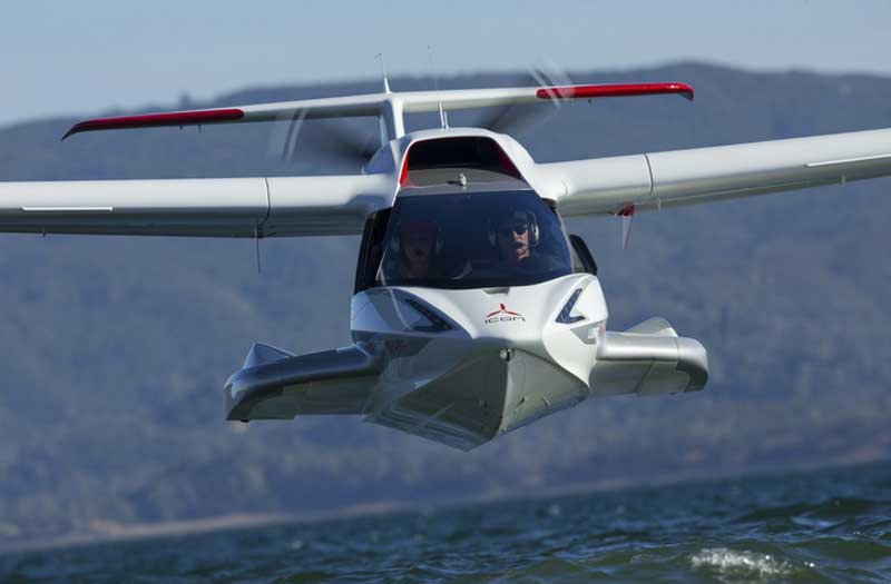 2 killed in small-plane crash near California lake class=
