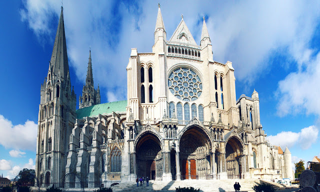 How to Book Cabs Online for Chartres Cathedral Tours from Paris through Uber?