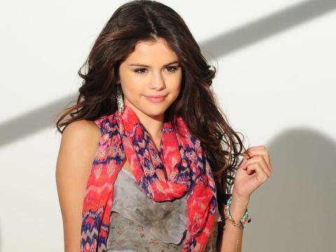 ALL HOLLYWOOD STARS: Selena Gomez Profile-Bio and Photos 2012