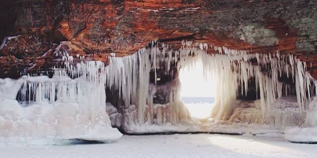 apostle-islands-wisconsin-ice-caves-icicles-lake-superior-frozen-winter