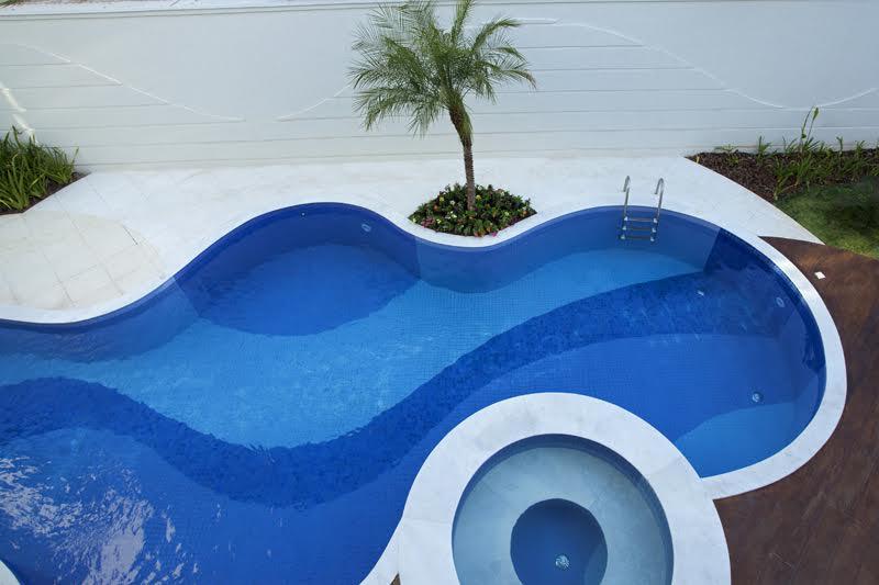 Construindo minha casa clean piscinas para relaxar veja for Formas de piscinas