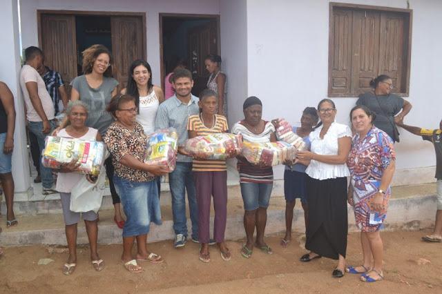 Prefeitura de Piranhas entrega mais de 800 cestas básicas à população