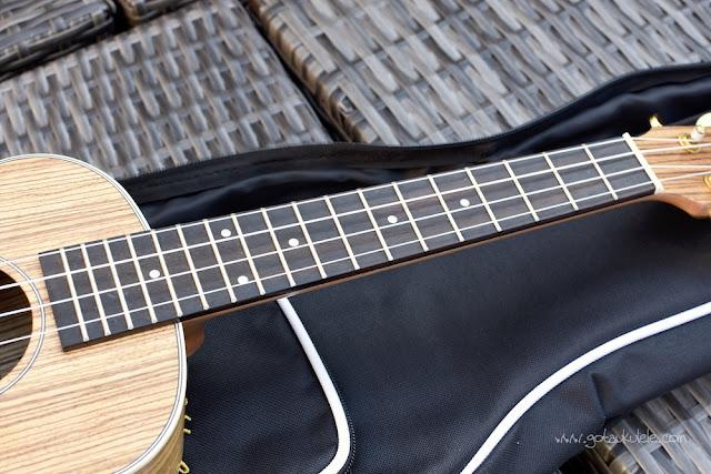 Snail UKT-528 Ukulele fingerboard
