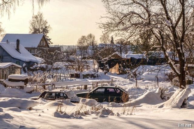 ảnh ngôi làng phủ đầy tuyết trắng