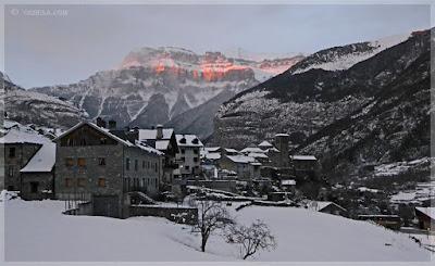 Valle de Ordesa en Invierno. Reseña del Libro de Manuel Vilas. Palabras en cadena