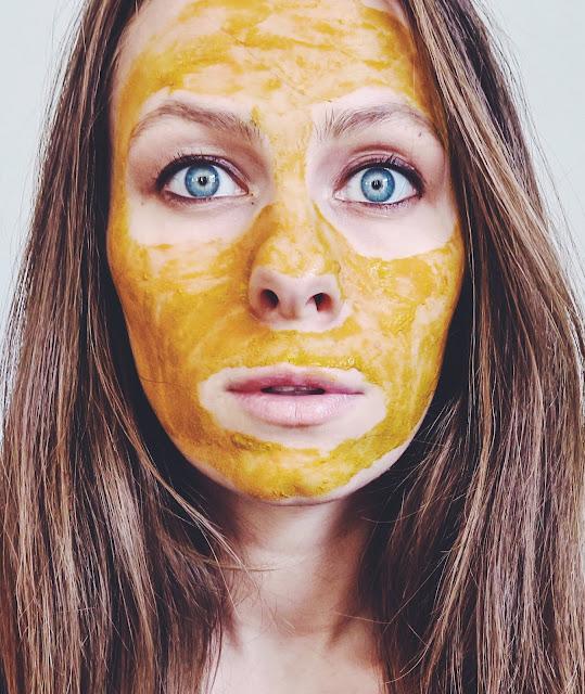 3 indyjskie sposoby oczyszczania skóry