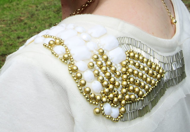 Gold bead shoulder detailing