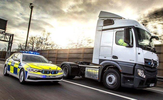 74586d316a5 Polícia Rodoviária Inglesa utilizará caminhões para flagrar motoristas  infratores