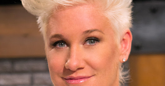 Women In Food ~ Anne Burrell's Bolognese