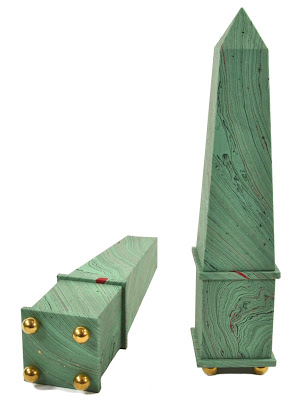 Handmade obelisks at Parvum Opus
