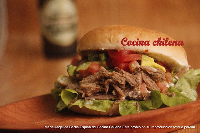Sandwich Carne Mechada