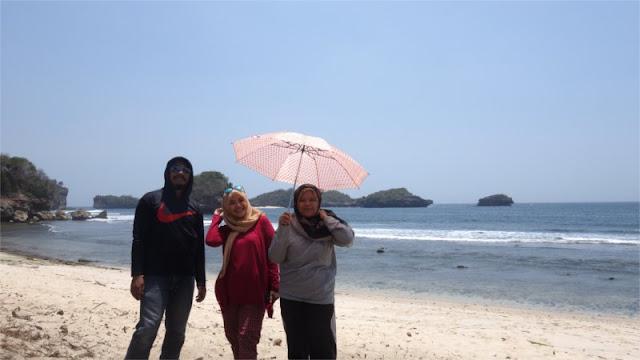 Bawa Payung ke Peh Pulo
