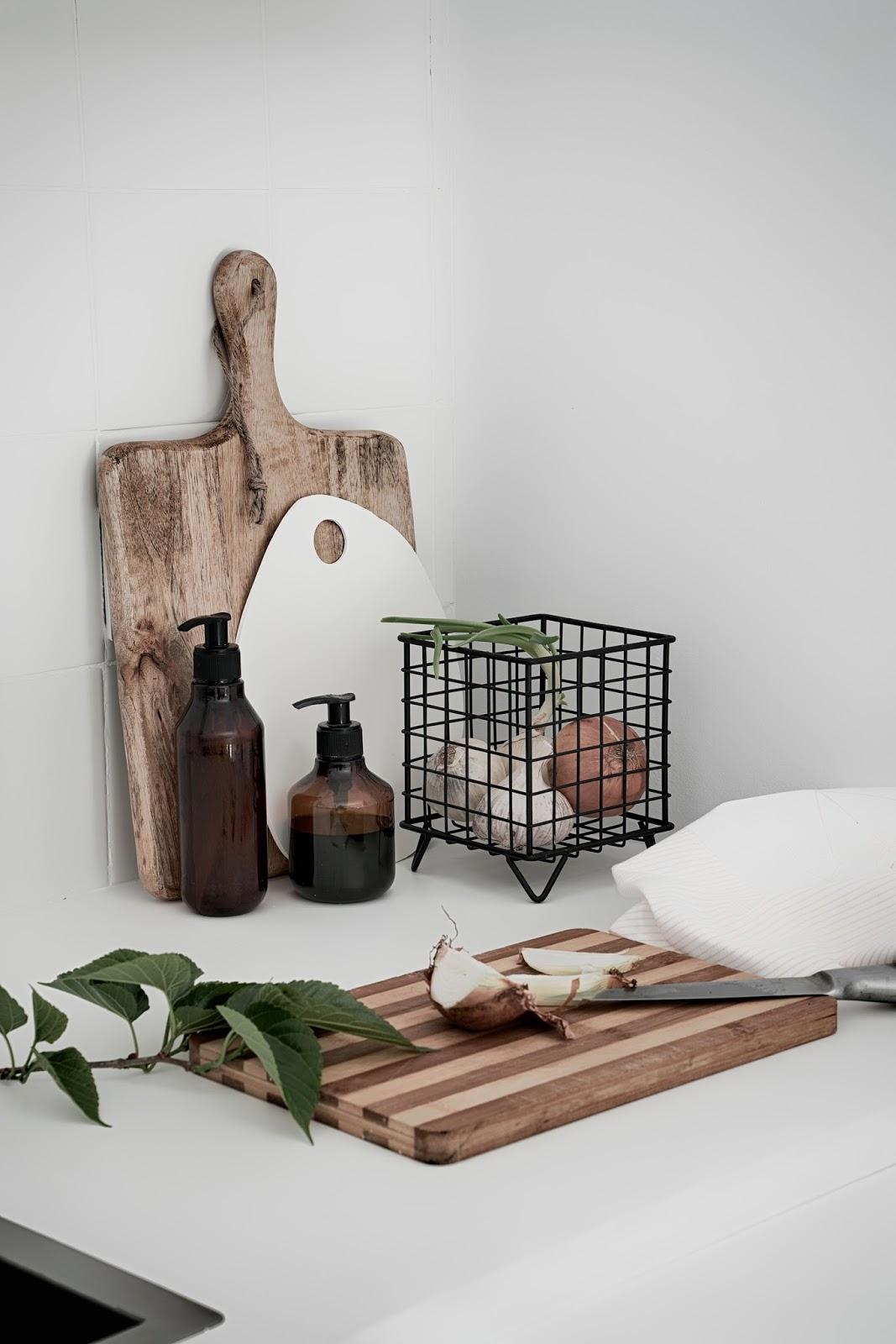 kitchen, cocina, tabla de cortar, cutting table, soap, decoration, nordic, interior, scandinavian,