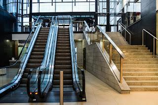 Escada - Subir e descer escadas aumenta atividade física