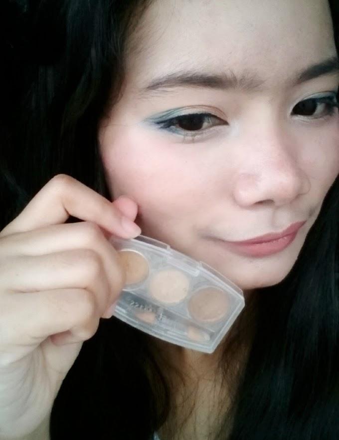 Review Just Miss Eyeshadow ES-233