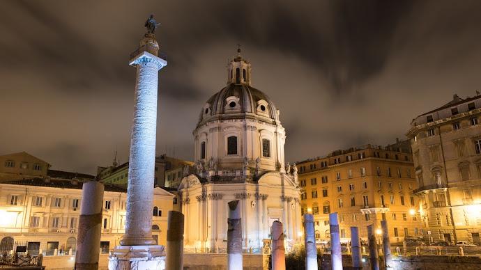 Wallpaper: Travel Trajan's Column