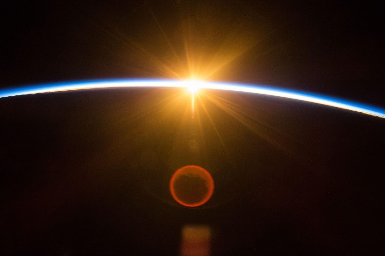 sunrise from international space station - photo #6