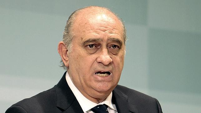 El contrapunto el descodificador for Escuchas del ministro del interior
