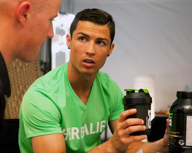 Herbalife linha 24 horas Cristiano Ronaldo