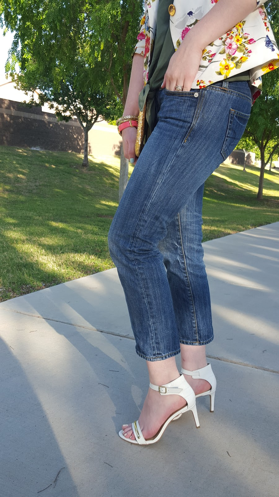 Cropped jeans are a staple this Spring- they look great with heeled sandals