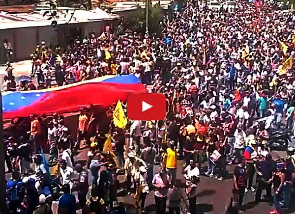 Miles de personas avanzan hacia Los Teques por la libertad