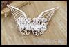 http://www.artimeno.pl/pl/bazy-do-kartek-albumow/6069-scrapiniec-use-you-wings-napis-ze-skrzydlami-tekturka.html