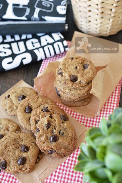 best copycat famous amos cookies