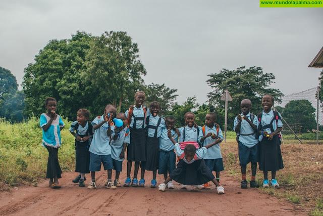 Tijarafe inicia una campaña de recogida de zapatos en sus centros educativos