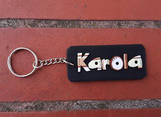 keychain, breloczki, imienne, karolina, z imieniem, imiona, strips, paski, kolorowe