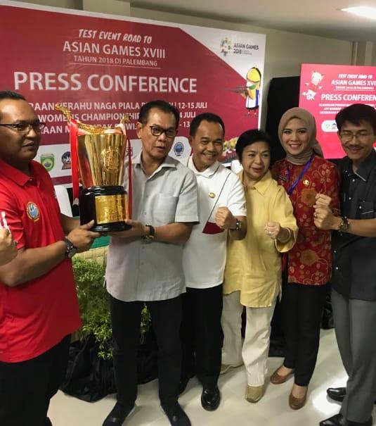 """Lomba Perahu Naga """"Piala Presiden"""" Ujicoba Arena Dayung Jakabaring"""