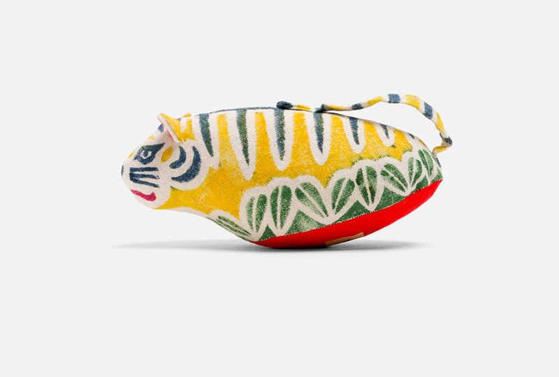 pupazzo a forma di tigre