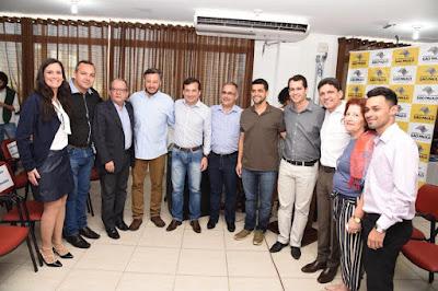 PREFEITO EZIGOMAR PESSOA PARTICIPA DE EVENTOS DA EDUCAÇÃO E ESPORTE NA BAIXADA SANTISTA