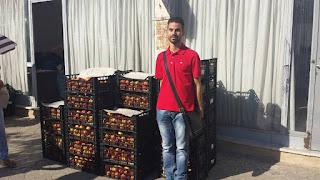 Αύγουστος 2014-Διανομή 10 τόνων ροδάκινα και νεκταρίνια σε εκατοντάδες δικαιούχους του Κοινωνικού Παντοπωλείου από την Κοινωνική Υπηρεσία του Δήμου Ιλίου με τη συμπαράσταση και εθελοντών.