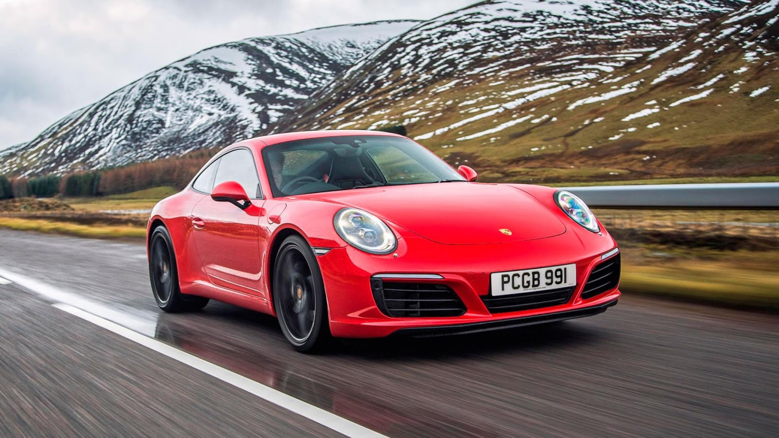 Porsche 911 Carrera S: £ 85.857