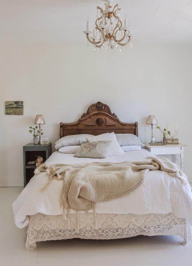 Romantic Bedroom Look