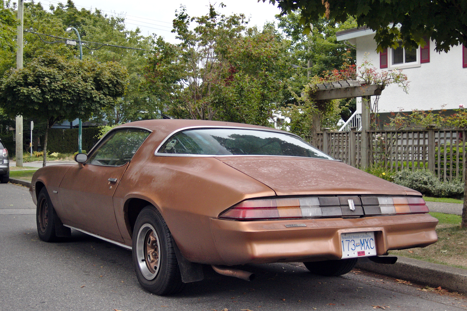 old parked cars vancouver 1978 chevrolet camaro sport coupe. Black Bedroom Furniture Sets. Home Design Ideas