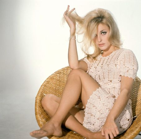 """Résultat de recherche d'images pour """"Sharon tate nue"""""""