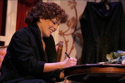 'Piaf, voz y delirio' en el Teatro Fígaro