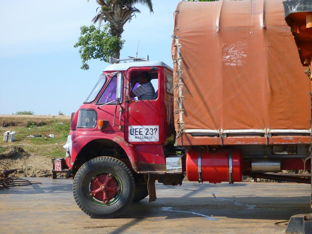 the blue truck austin 245f el unico. Black Bedroom Furniture Sets. Home Design Ideas